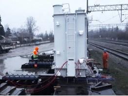 доставка трансформаторов на транспортере на станцию