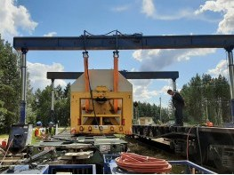 Перегрузка ротора гидропорталом на автотранспорт