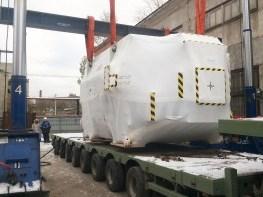 Выгрузка турбины с автотранспорта